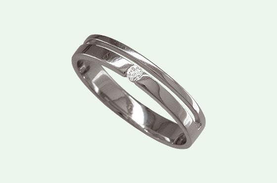 кольцо с др.камнями